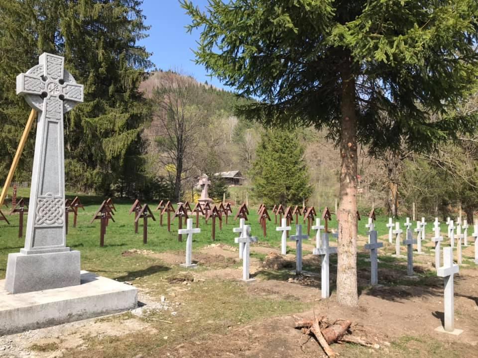 Az RMDSZ a holokausztkutatókat kérte meg, foglaljanak állást az úzvölgyi vasgárdista szimbólum kapcsán